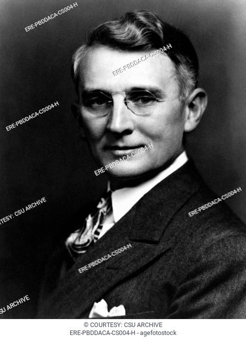 Dale Carnegie, 1937. Courtesy: CSU Archives/Everett Collection