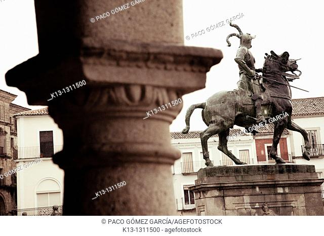 Equestrian monument to Francisco Pizarro and Main Square, Trujillo, Caceres province, Extremadura, Spain