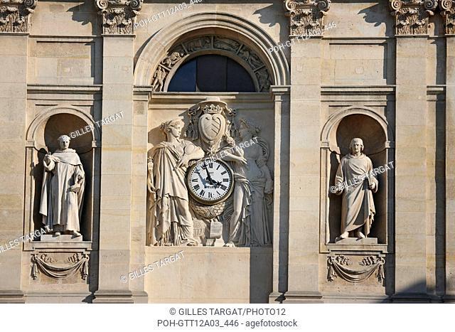 France, ile de france, paris 5e arrondissement, boulevard saint michel, universite de la sorbonne, chapelle, dome, sculptures, horloge, facade