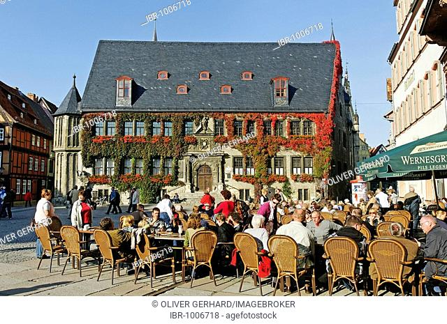 City hall of Quedlinburg, restaurant tables outside, UNESCO World Heritage Site, Saxony-Anhalt, Germany, Europe