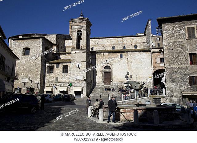 piazza garibaldi and duomo di narni, near terni, umbria, italy