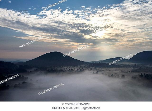 France, Puy de Dome, Saint Ours les Roches, Chaine des Puys, Regional Natural Park of the Auvergne Volcanoes, the Puy de Chaumont volcano (aerial view)