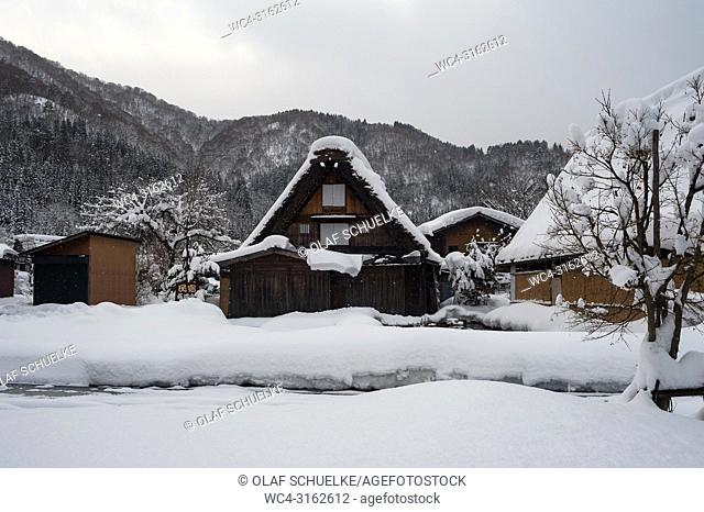 28. 12. 2017, Shirakawa-go, Gifu Prefecture, Japan, Asia - A traditional gassho-zukuri farmhouse in the village of Shirakawa-go