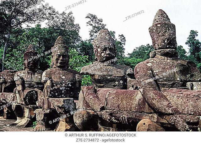Mythological figures along causeway of Angkor Thom, Siem Reap, Cambodia, Asia, UNESCO World Heritage Site