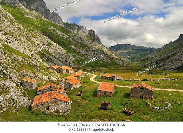 Cabins. Picos de Europa National Park. Asturias. Spain