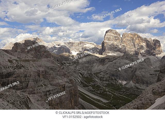 Dolomites of Sesto and Auronzo from Passaporto Fork, Dolomites, Auronzo di Cadore, Belluno, Veneto, Italy