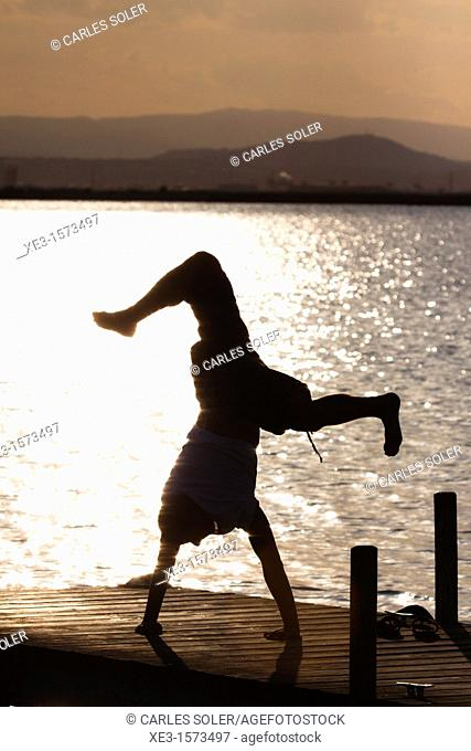 Breakdance at sunset