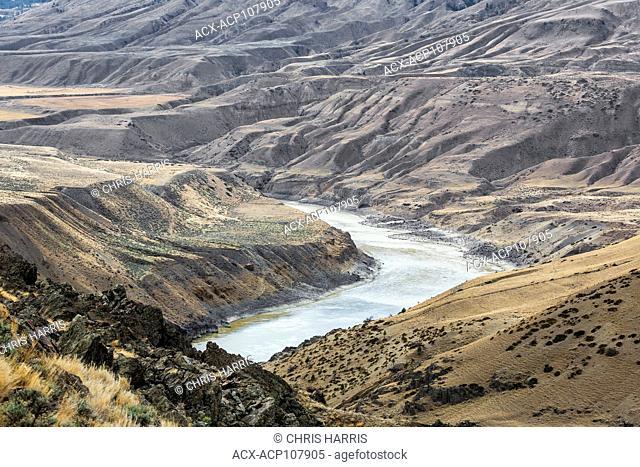 British Columbia, Canada, Chilcotin, Chilcotin Ark, Fraser River Canyon, Fraser River, river, summer, landscape, horizontal, grasslands, landscape, horizontal
