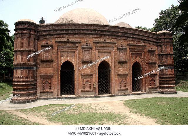 The Khania Dighi Mosque, also known as Rajbibi Masjid in Chapai Nawabganj in Rajshahi, Bangladesh May 30, 2009