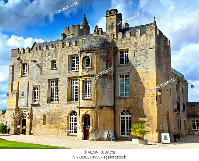 Chateau de Creully, Bessin, Calvados, Normandie, France *** Local Caption *** Castle used by General Montgomery as advanced headquarters during the...