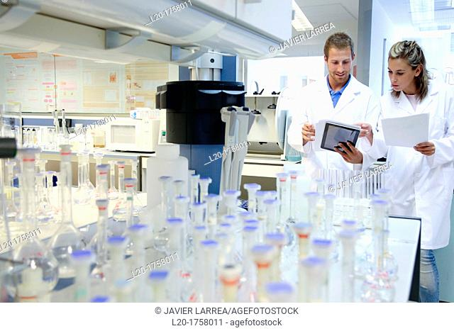 Researchers, Microbiology laboratory, Tecnalia Foundation, Technology and Research Centre, San Sebastian Technological Park, Donostia, Gipuzkoa, Basque Country