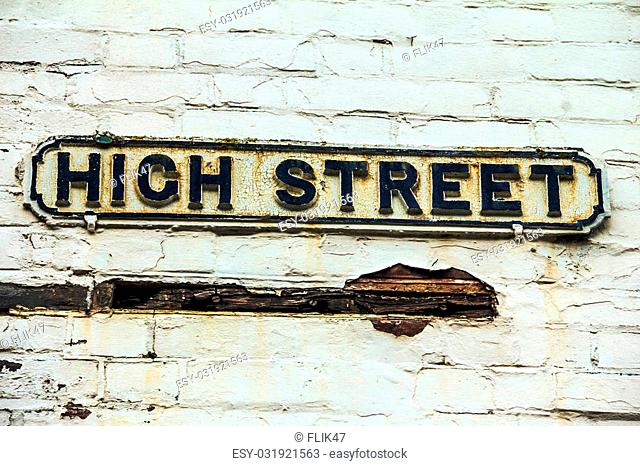 Street sign of High Street in town of Windsor near Medieval Windsor Castle in the County of Berkshire. UK