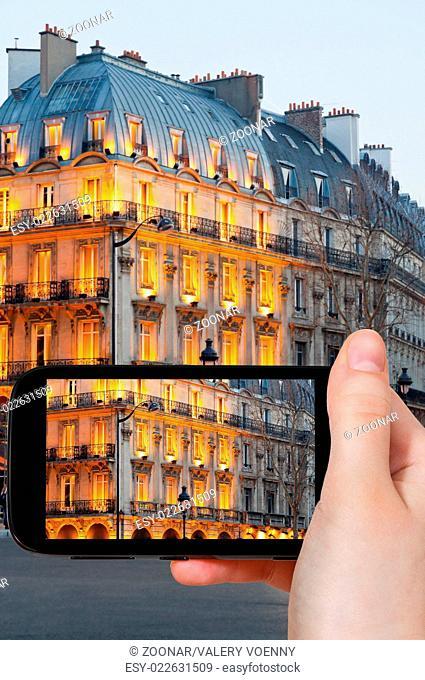 tourist taking photo of boulevard Saint Michel