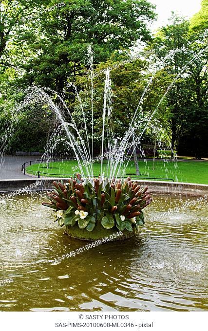 Fountain in a park, St Stephen's Green, Dublin, Republic of Ireland