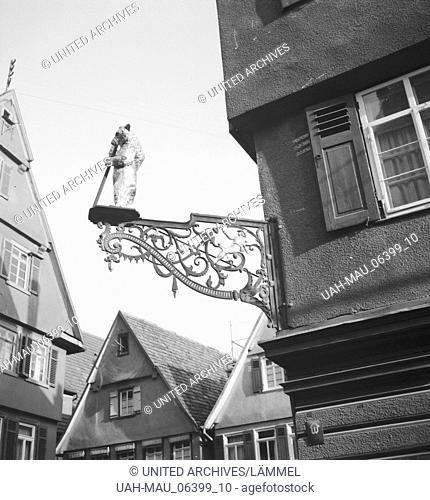 Unterwegs durch die deutsche Landschaft, Deutschland 1930er Jahre. On the way through German landscape and small town, Germany 1930s