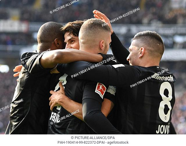 14 April 2019, Hessen, Frankfurt/Main: Soccer: Bundesliga, Eintracht Frankfurt - FC Augsburg, 29th matchday in the Commerzbank-Arena