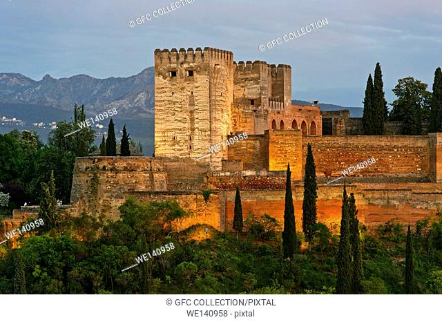 Evening light at the Alcazaba of the Alhambra, UNESCO World Heritage Site, against the Sierra Nevada mountain range, Granada, Andalusia, Spain