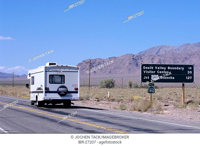 USA, United States of America, California: Death Valley National Park. Traveliing in a Motorhome, RV, through the west of the US