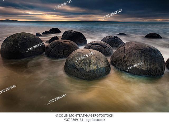 Moeraki boulders, sombre winter dawn, near Oamaru, Otago